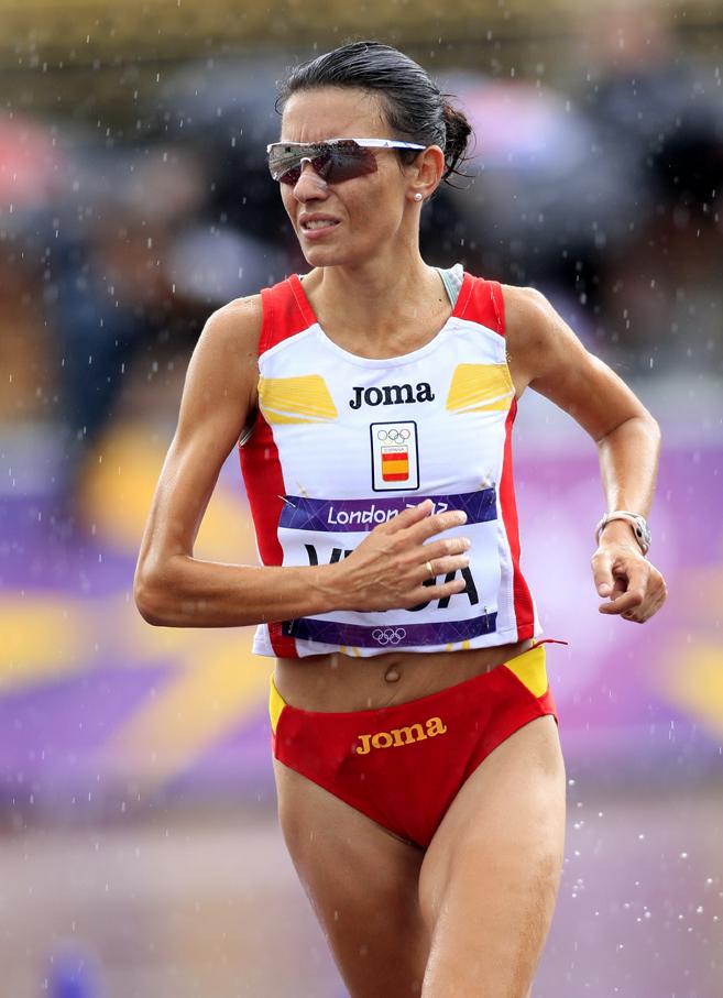 La atleta gallega Vanessa Veiga utiliza la terapia marina para mejorar su rendimiento deportivo