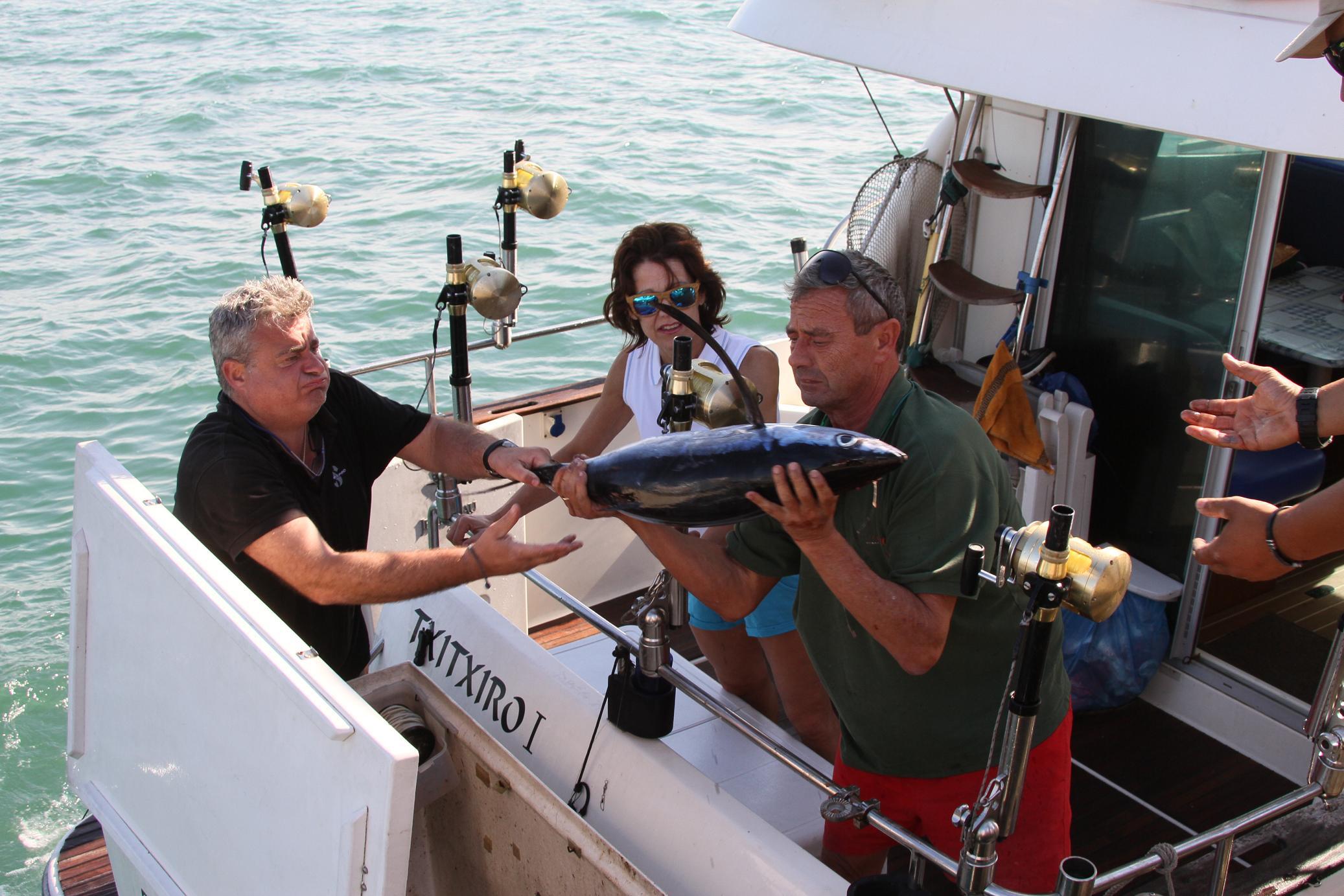 Los mejores pescadores del Cantábrico y Mediterráneo miden sus fuerzas